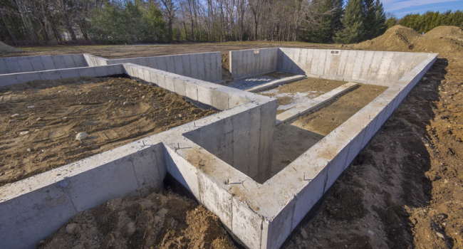 building-home-foundations-contractor